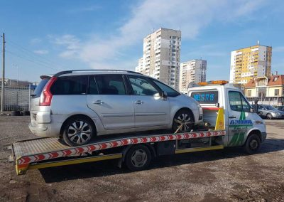 пътна-помощ-репатриране-лек-автомобил-citroen